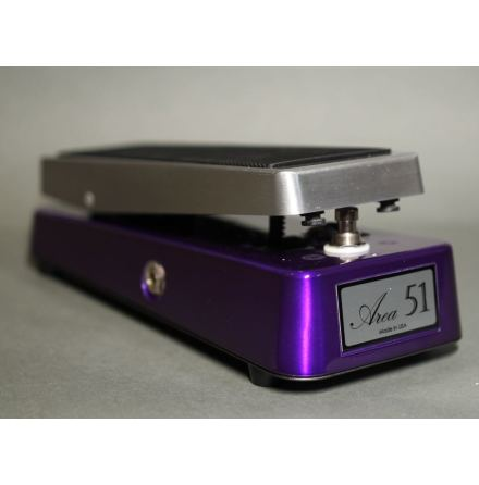 Area 51 Clone Wah Vox Purple w output Buffer