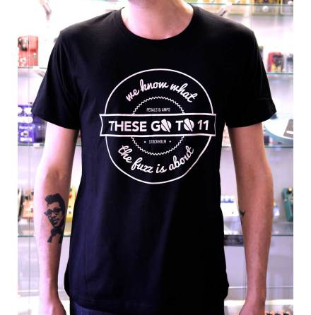 "TGT11 t-shirt ""we know what the fuzz is about"" black"